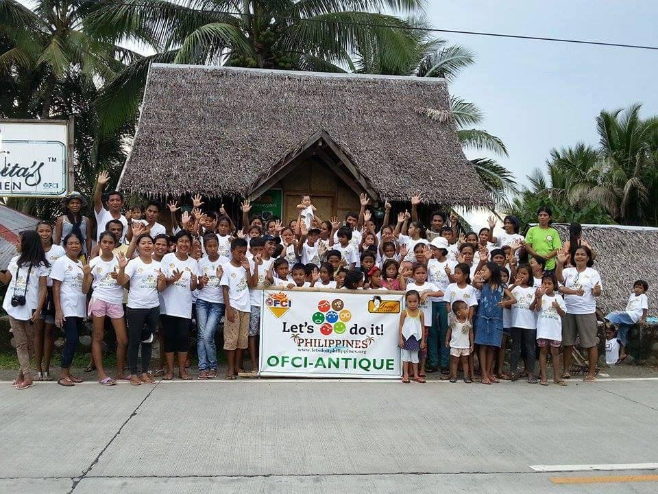 OFCI Antique members and guests had a group photo after cleaning the beach last September 20, 2015, the 1st Nationwide Cleanup Day initiated by Let's Do It Philippines.